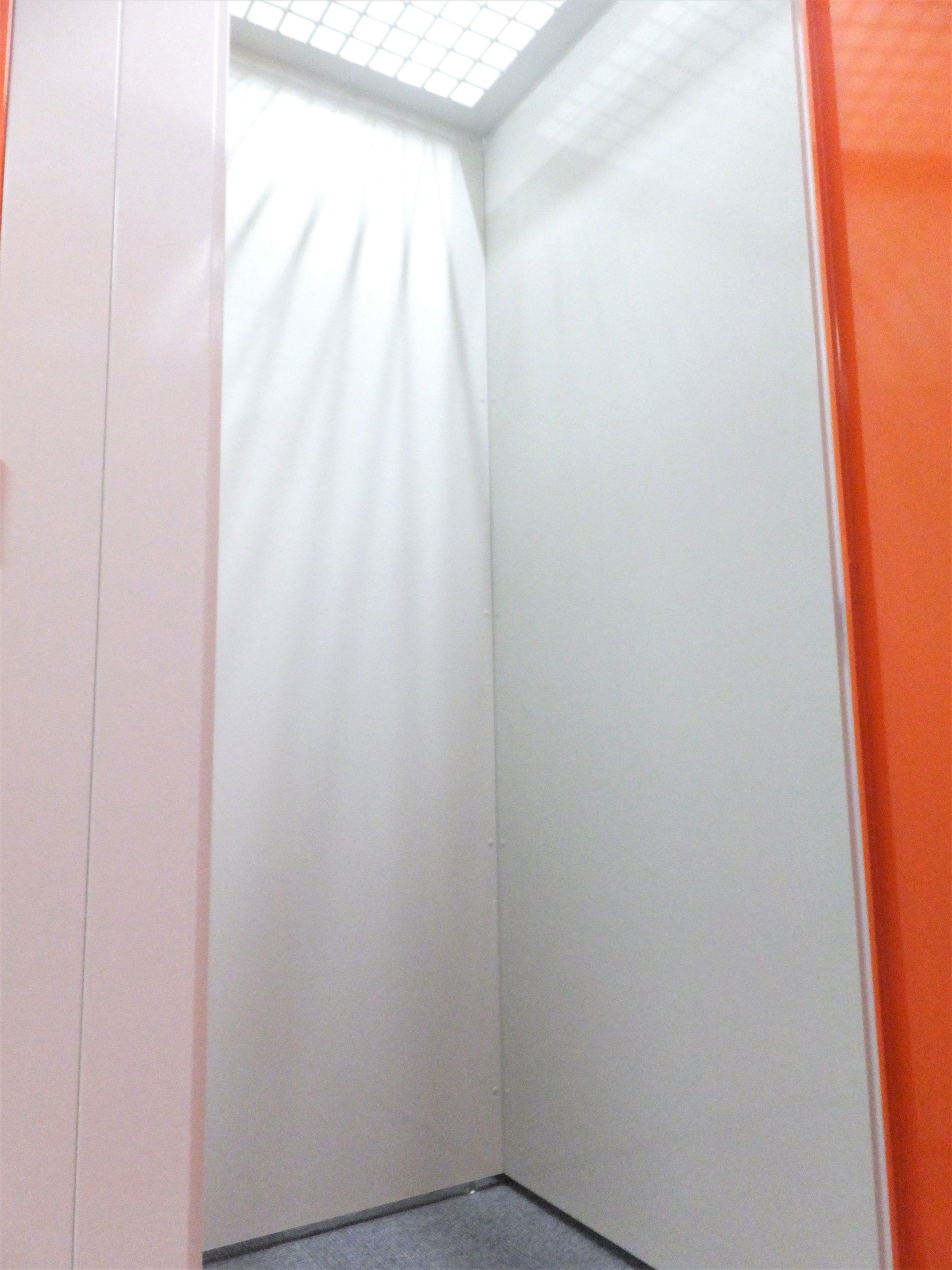 名古屋の格安屋内トランクルーム、レンタルストレージ24堀田 トランクルーム内画像小