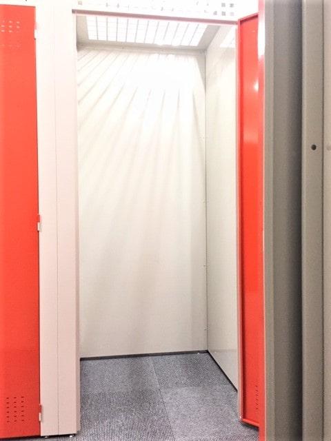 名古屋の格安屋内トランクルーム、レンタルストレージ24堀田 小さいトランクルーム内画像