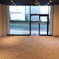 名古屋の格安屋内トランクルーム、レンタルストレージ24堀田 タイルカーペット